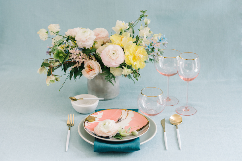 registry guide resource plates place setting west elm target heath ceramics anthropologie amazon wedding tablescape ro & co events styled shoot